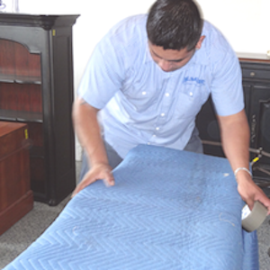 Moving and Storage Companies Paded Furniture Protection