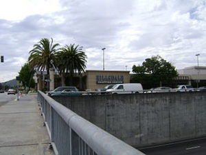 San Mateo shopping mall